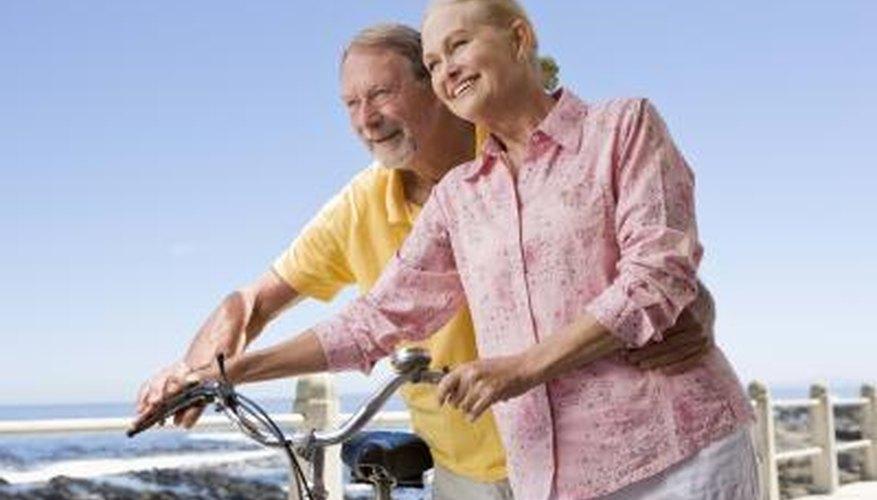 Long Beach offers bike rentals for fun outdoor dates.