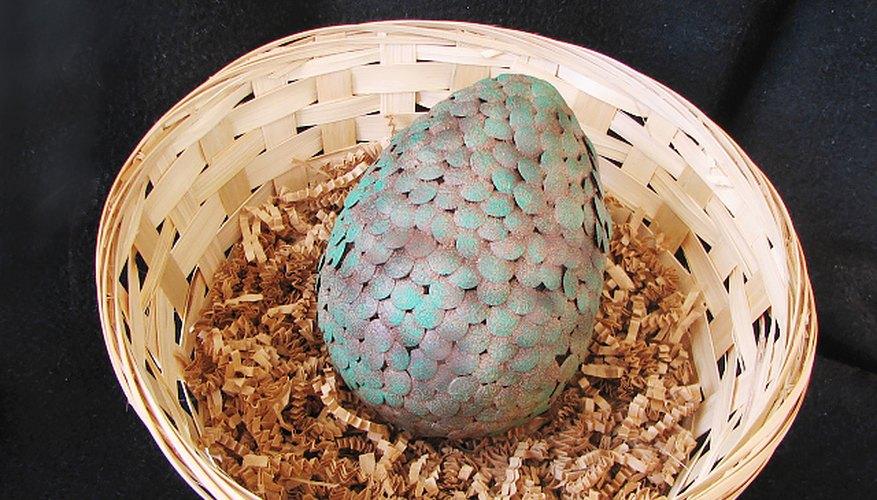 El huevo de dragón terminado con la pátina