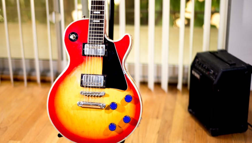 How to Change the Tone Knobs on an Electric Guitar | Our Pastimes