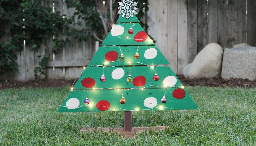 Wood Pallet Christmas Tree Ideas.Diy Wood Pallet Christmas Tree Garden Guides