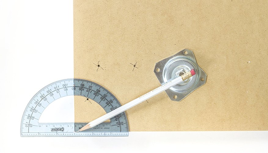 Use a protractor to determine the outward angle of the table legs.