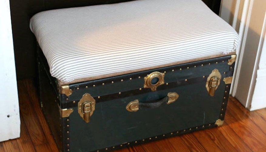 DIY Storage Trunk Bench and Coffee Table