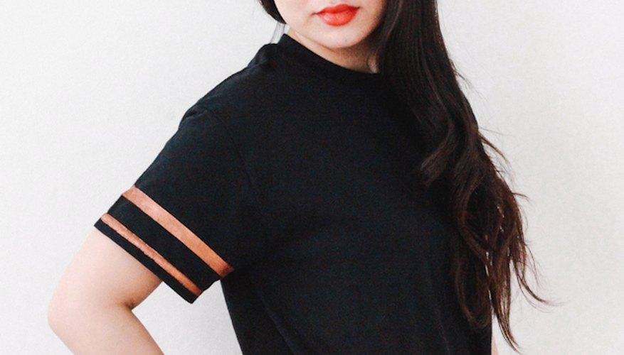 Rayas pintadas pueden ser agregadas a casi cualquier camiseta de punto de algodón.