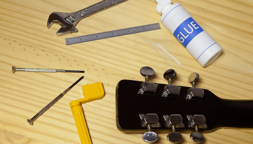 how to fix a guitar tuning peg our pastimes. Black Bedroom Furniture Sets. Home Design Ideas