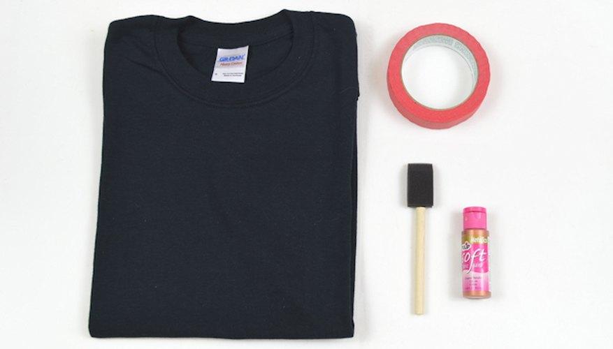 Sólo necesitas cuatro elementos para hacer una camiseta de atleta.