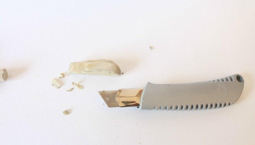 Puedes tallar las piezas, si así lo deseas.