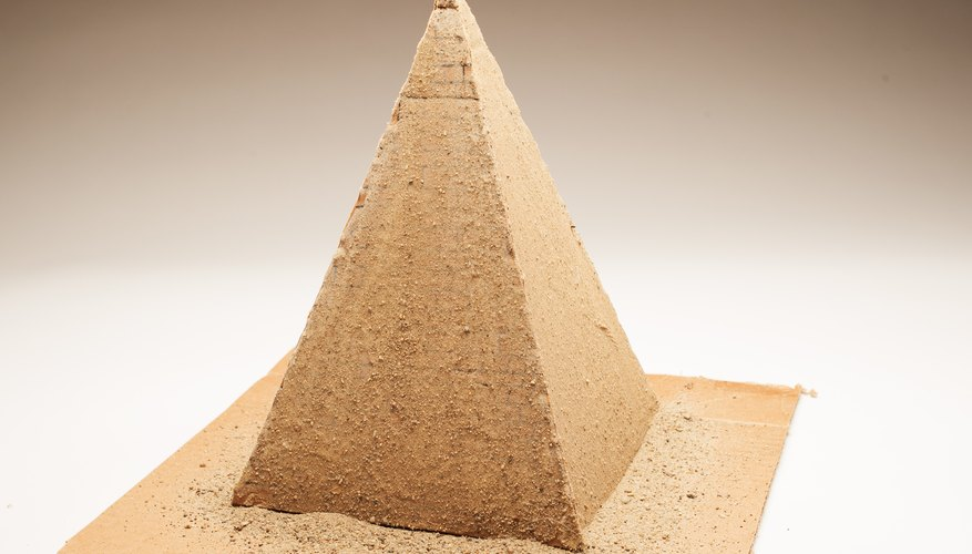 pouring perfection egyptian pyramid contruction essay