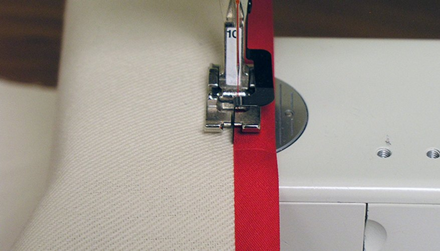 Use double-fold seam binding tape on the edges of the chair cover.