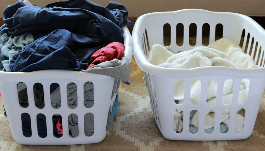 After Removing Any Delicate Or Hand Wash Items Sort Your Laundry According To Color Dark Colors Go In One Pile And Whites That Can Be Bleached
