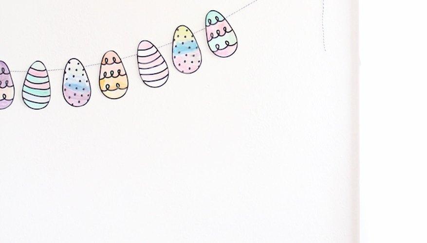 Guirnalda de huevos fácil de hacer.