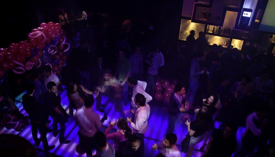 Vista de arriba de la pista de baile de Envy / James