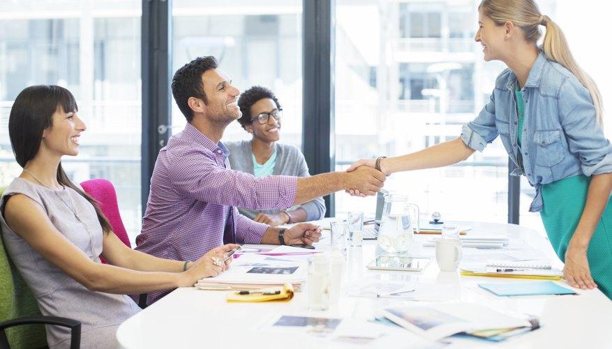 Practica las 5 preguntas que seguramente te harán en tu próxima entrevista laboral.