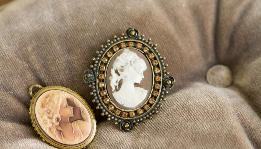 How to appraise antique cameo rings our pastimes how to appraise antique cameo rings aloadofball Choice Image