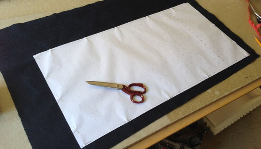 Lay out pattern onto felt fabric.