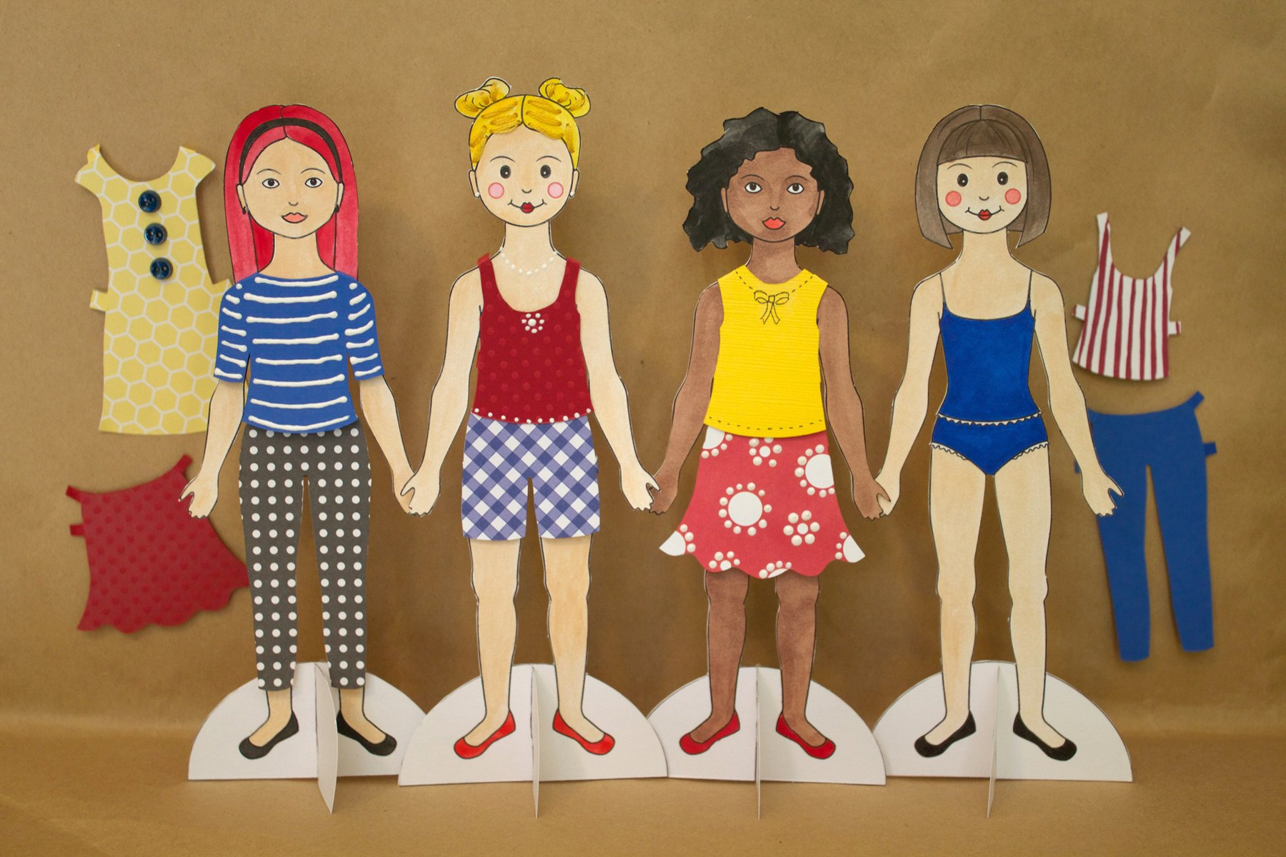 How To Make Paper Dolls With Pictures Ehow