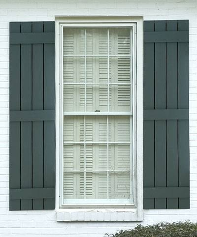 How to build outdoor shutters ehow for How to build board and batten exterior shutters