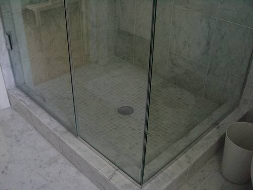 Tips On Cleaning Soap Scum Off A Glass Shower Door Ehow