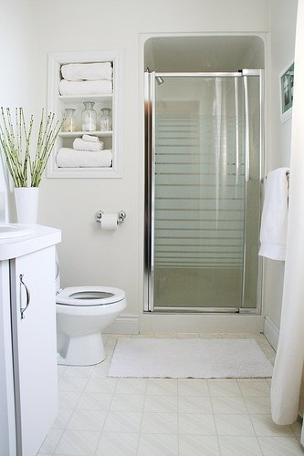 How To Reduce Condensation In Bathrooms Ehow