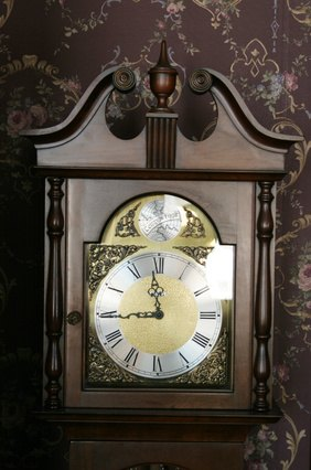 How To Make A Grandfather Clock Chime Louder Ehow