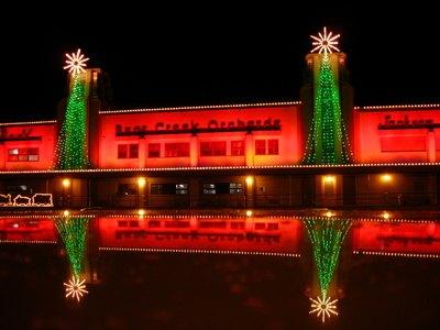 how to keep christmas lights straight