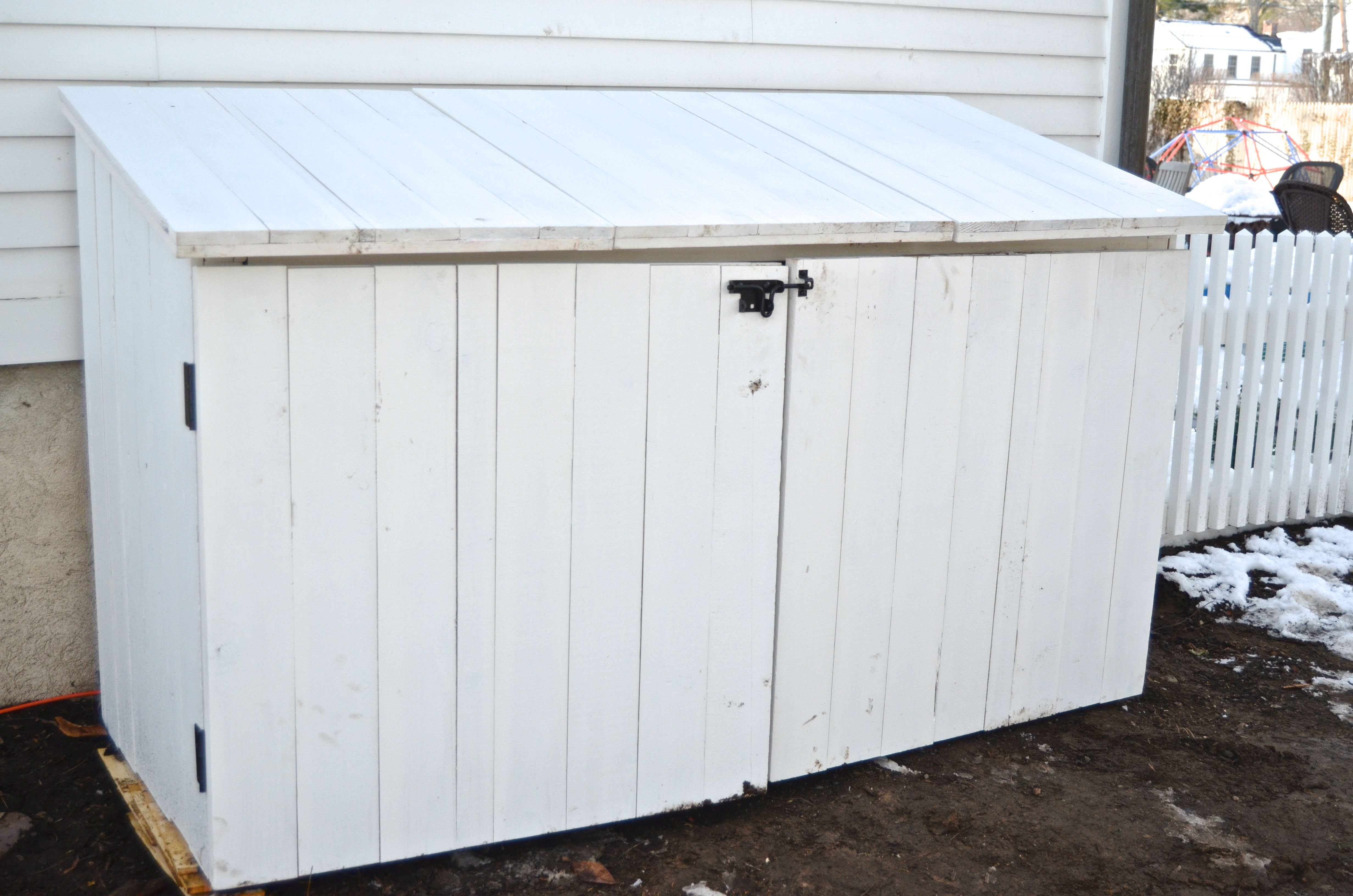 outdoor garbage storage how to make an outdoor garbage can shed ehow 1292
