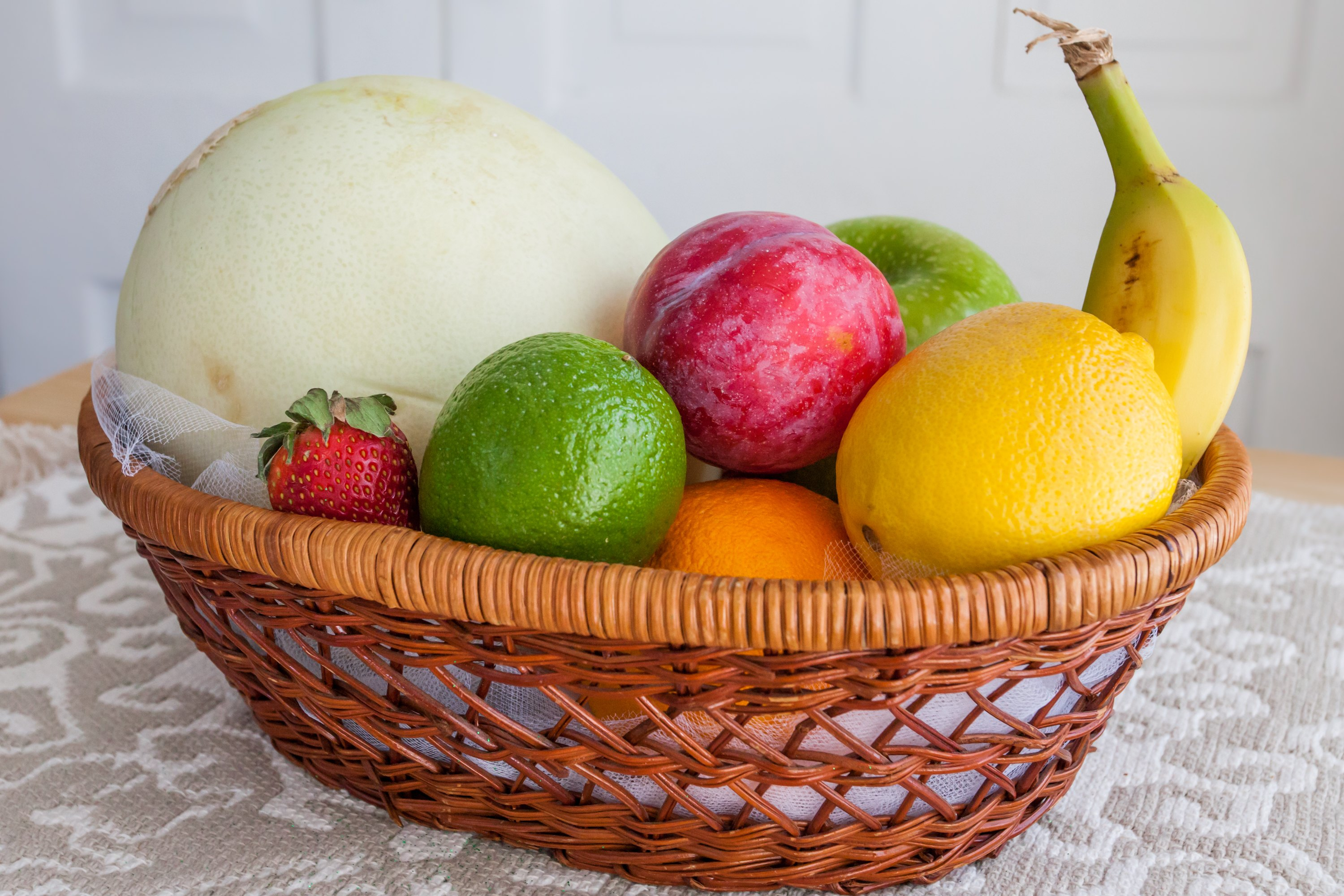 How To Make A Fruit Gift Basket With Pictures Ehow