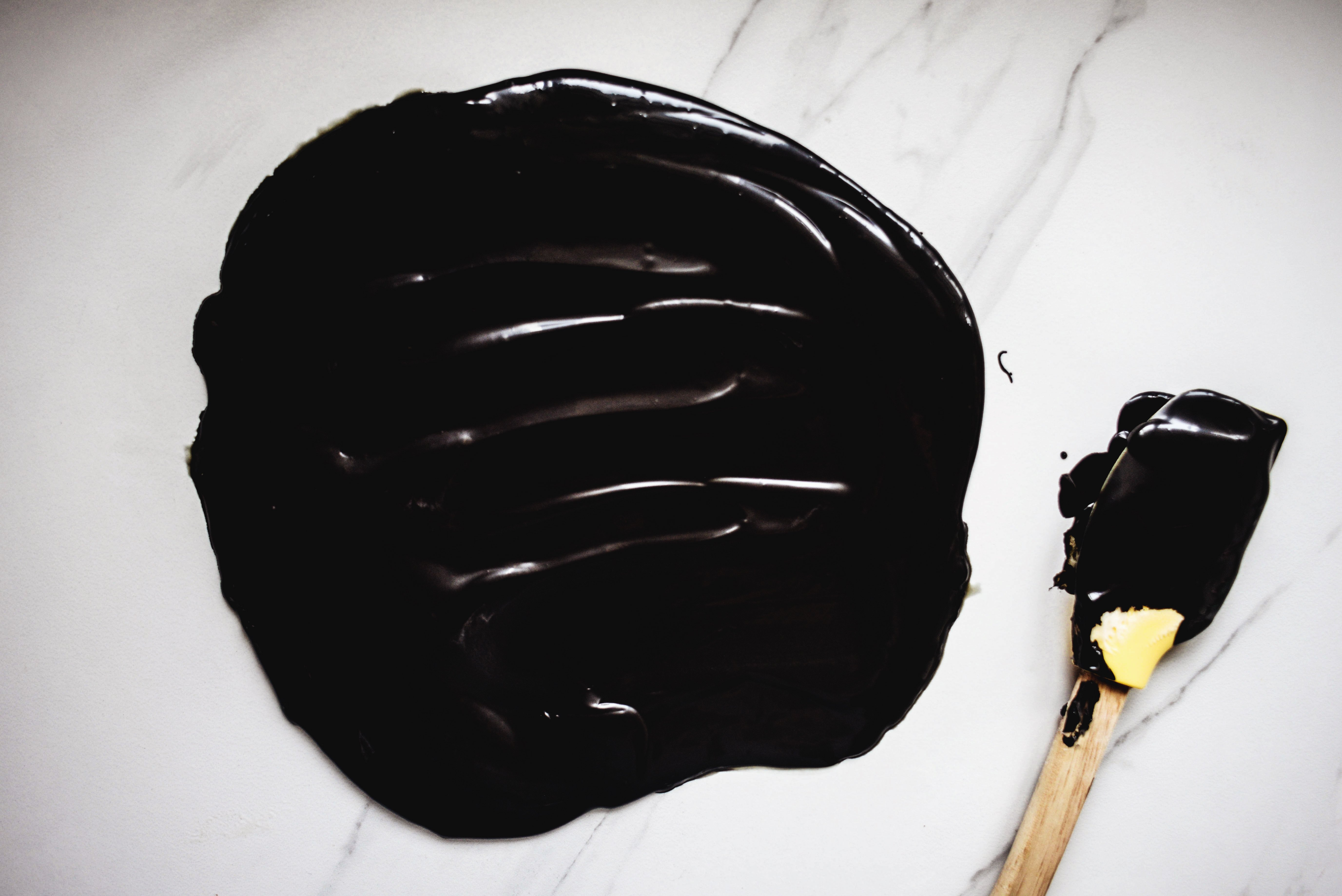 How To Make Black Frosting Using Food Coloring