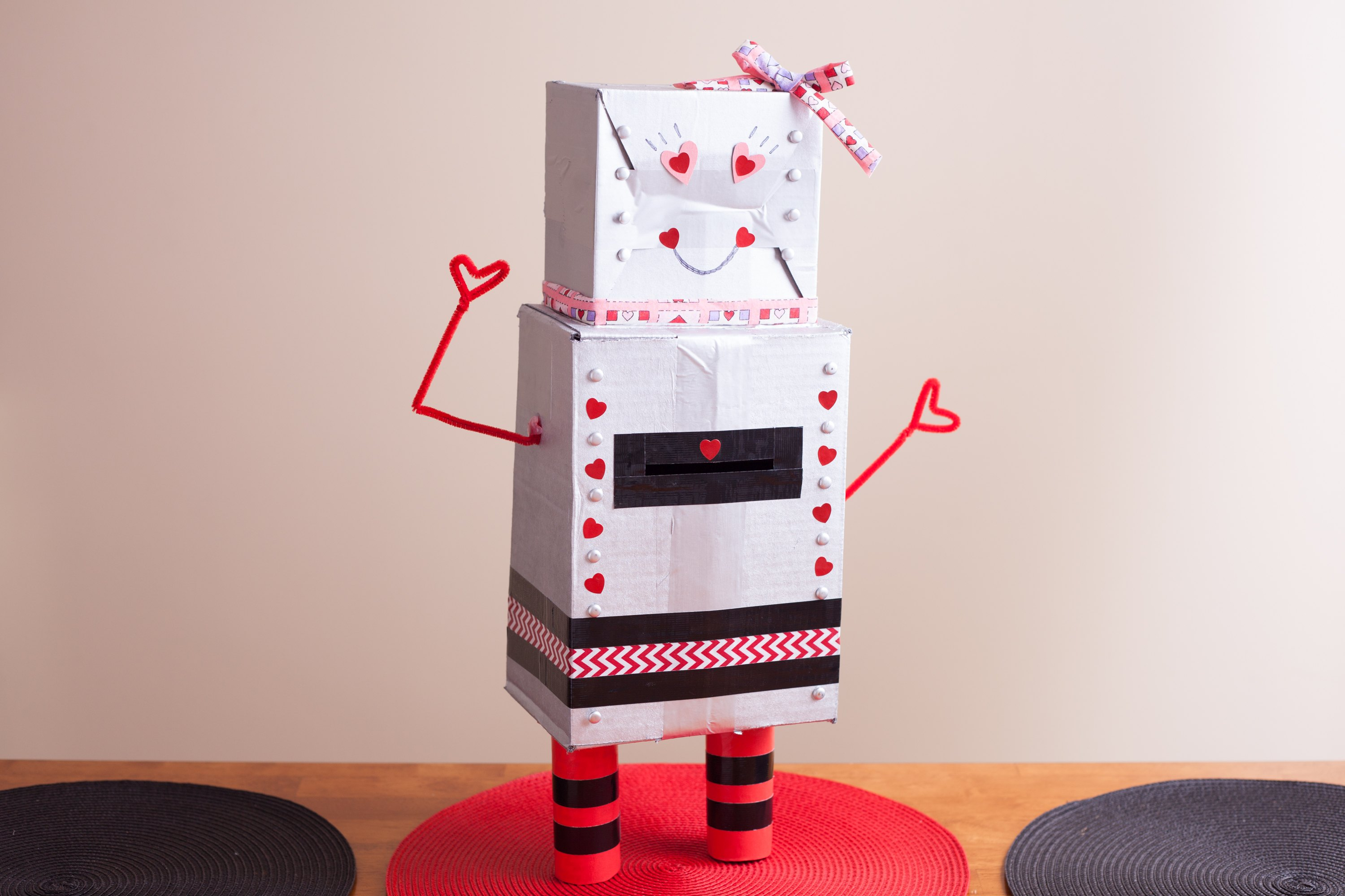 How To Make A Robot Valentineu0027s Day Box (with Pictures) | EHow