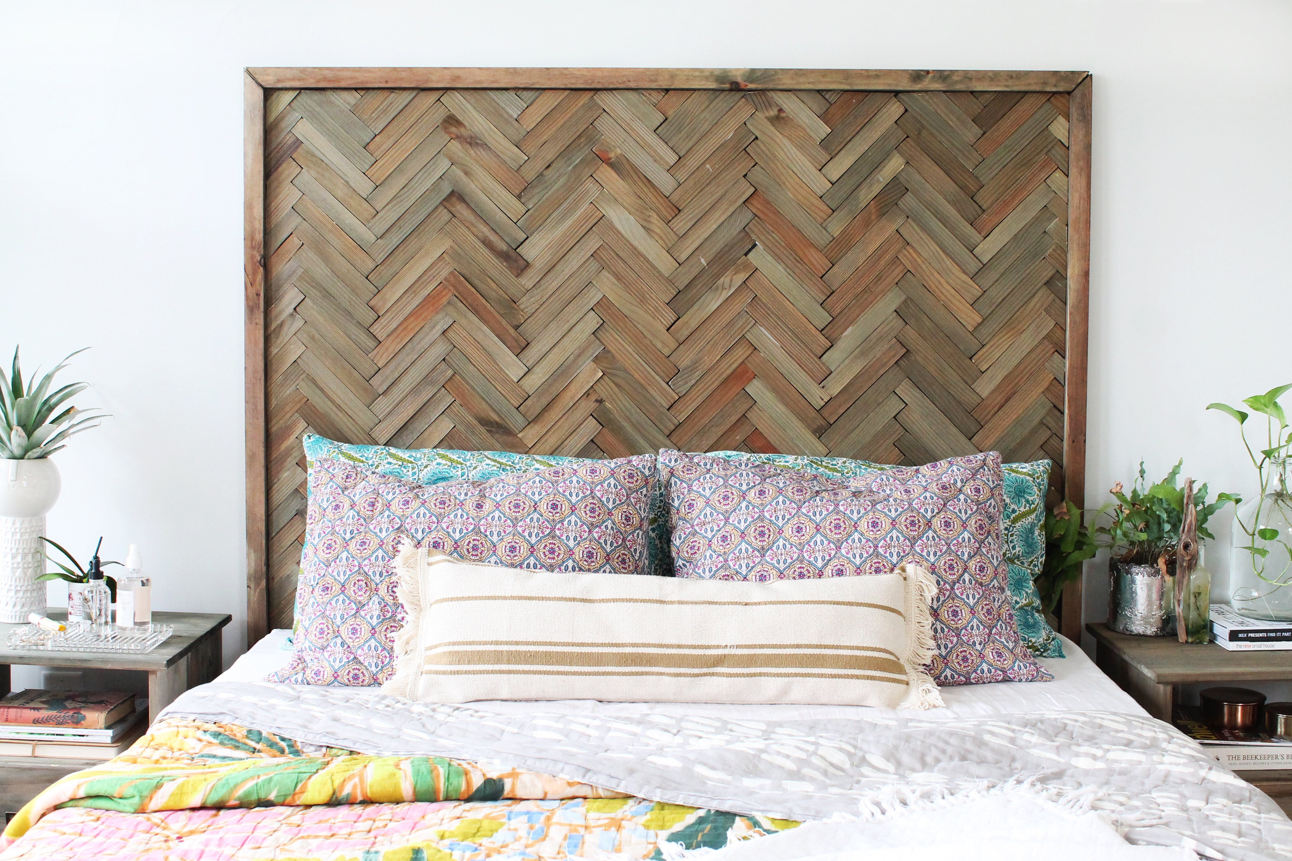 Diy herringbone headboard with wood shims ehow - What size fan should i get for my bedroom ...