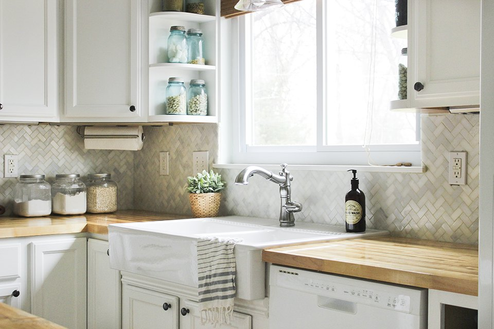 How To Install A Kitchen Tile Backsplash Ehow