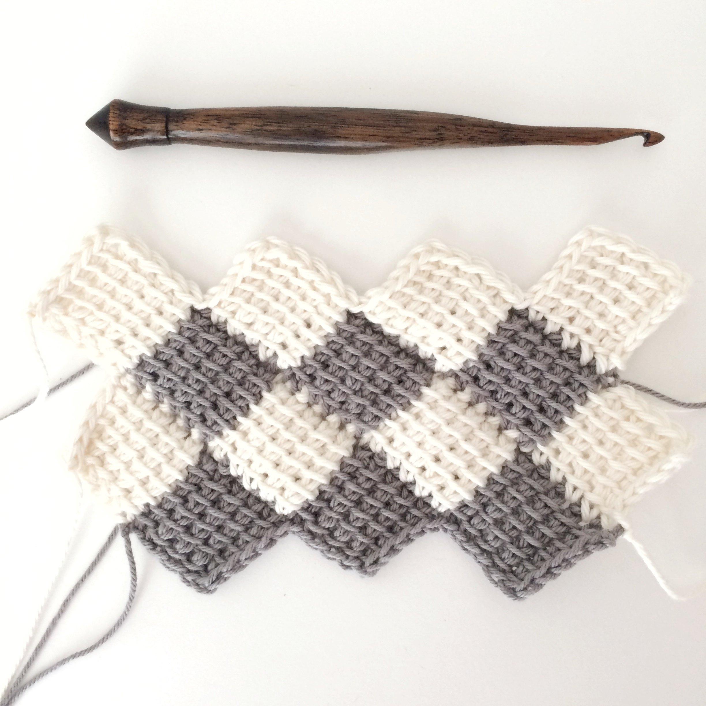 How to Use the Tunisian Entrelac Crochet Method | eHow
