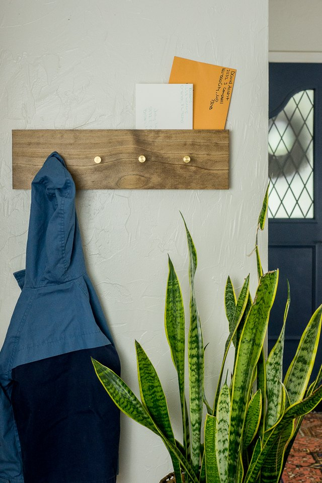 How To Build And Mount A Coat Rack Ehow