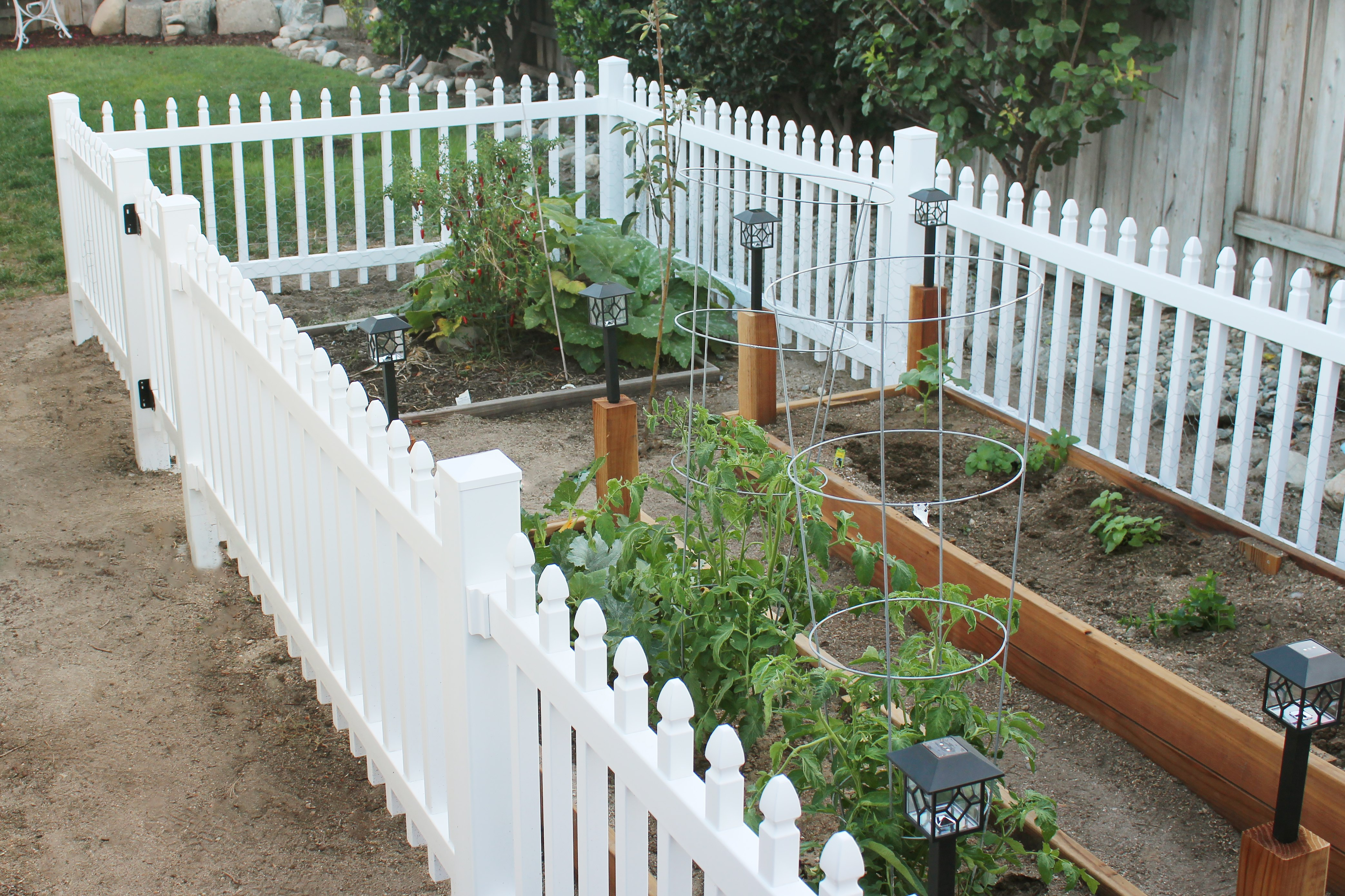 How To Build A Fence To Keep Small Animals Out Of The