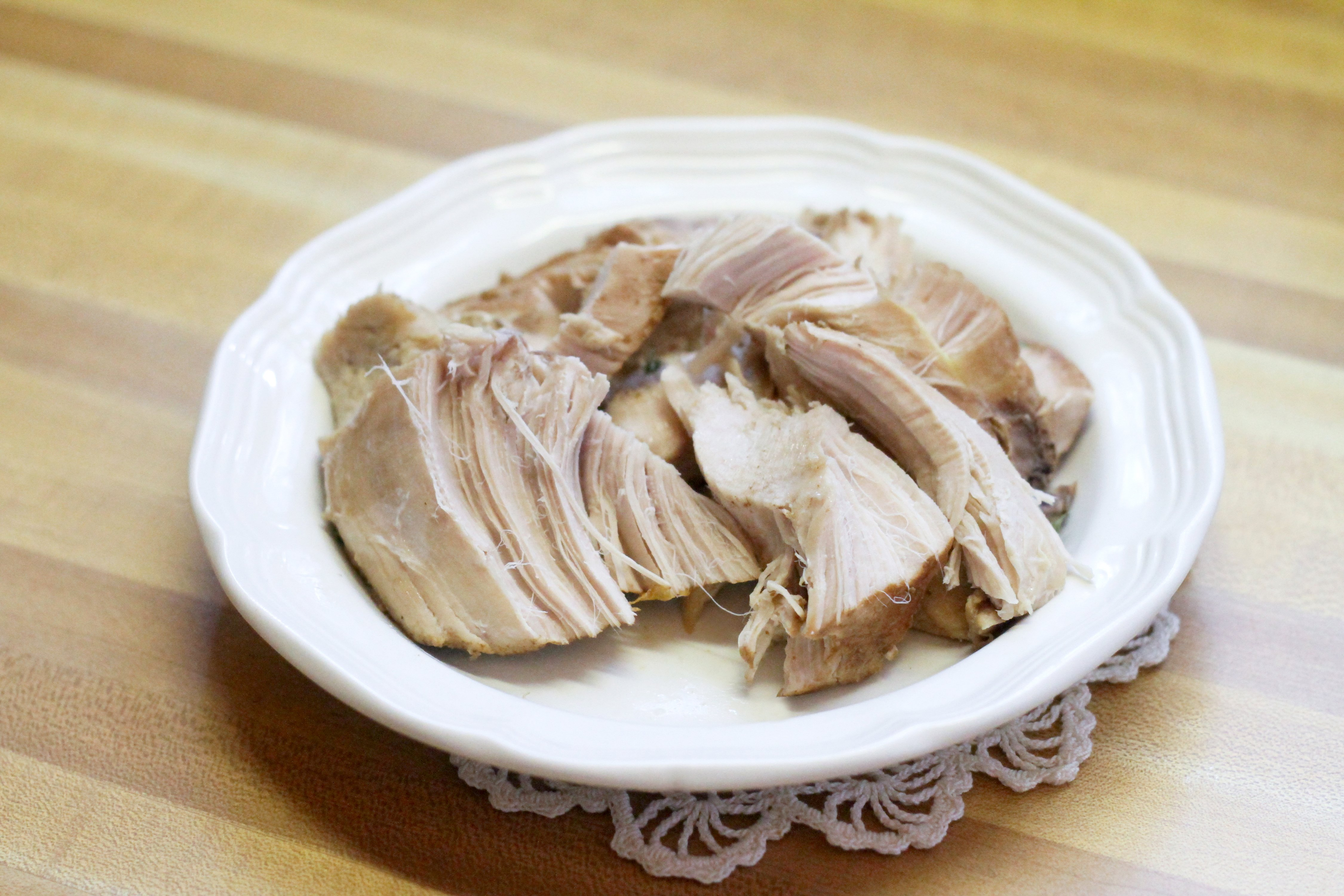 how to cook a boneless turkey breast in slow cooker
