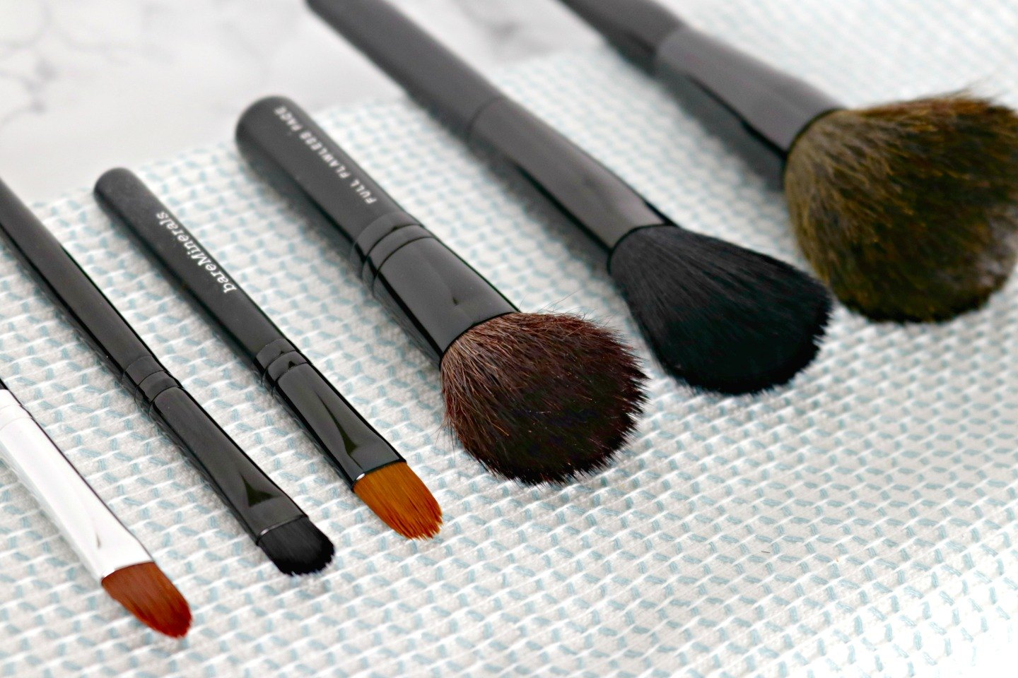 how to make own makeup brush cleaner