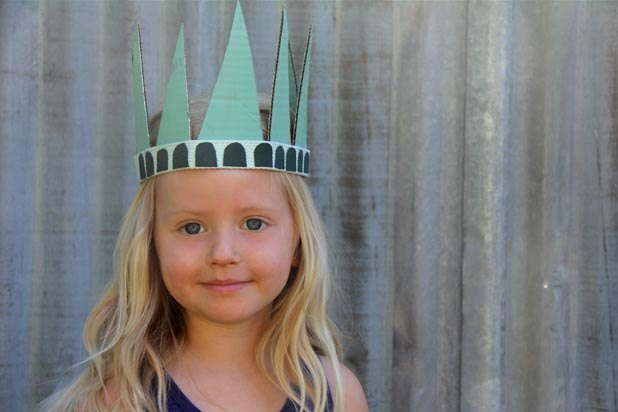 DIY Statue of Liberty hat