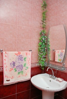 Light Pink Bathroom Accessories