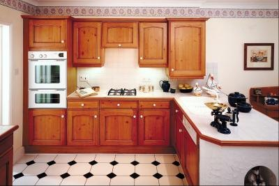 dressing up kitchen cabinets how to attach moulding to dress up the doors of kitchen 6966