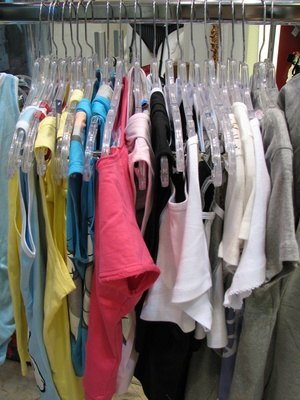 How To Make A Rolling Clothes Rack Ehow