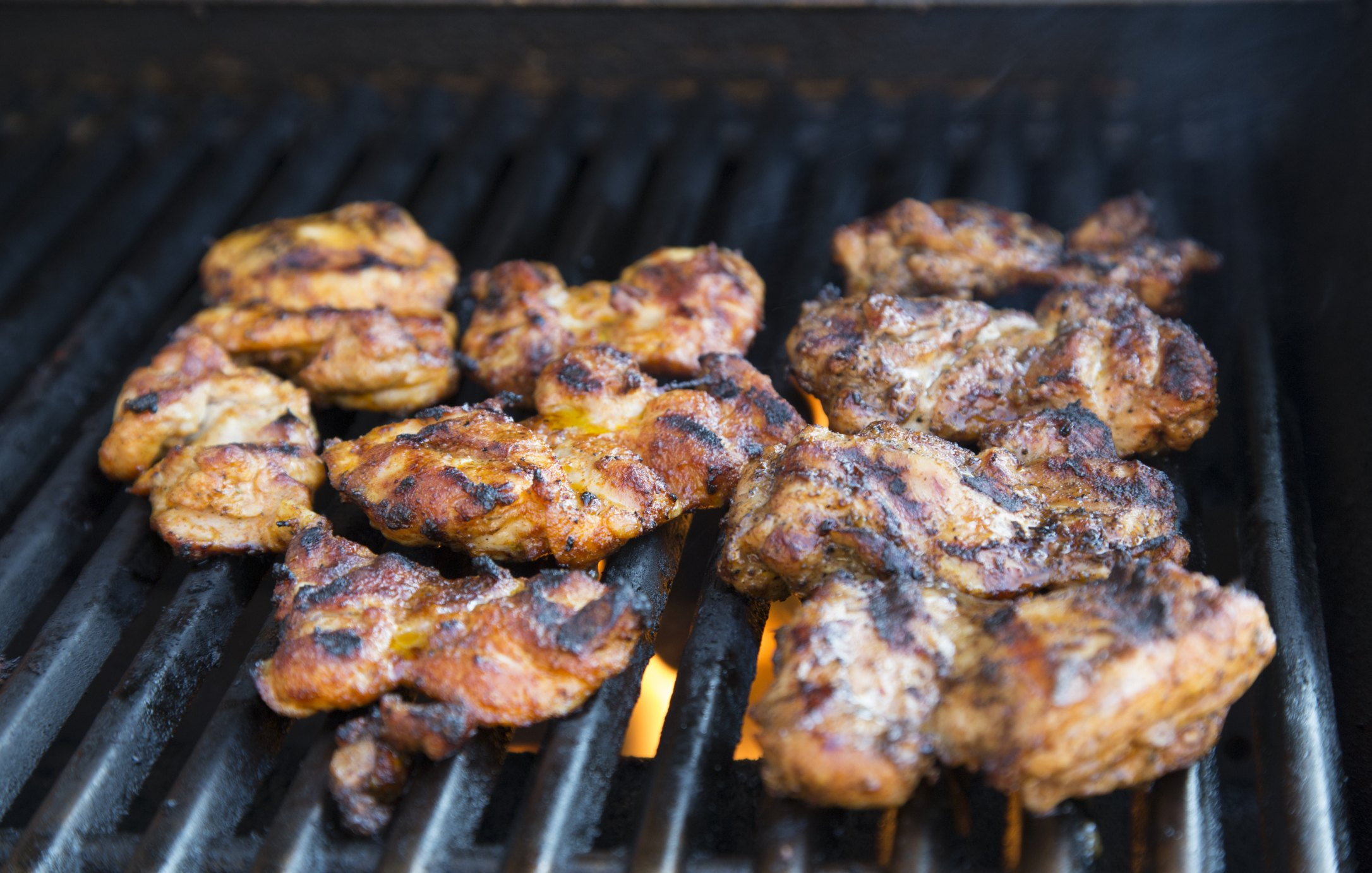 How To Grill Chicken Thighs With The Skin On Ehow