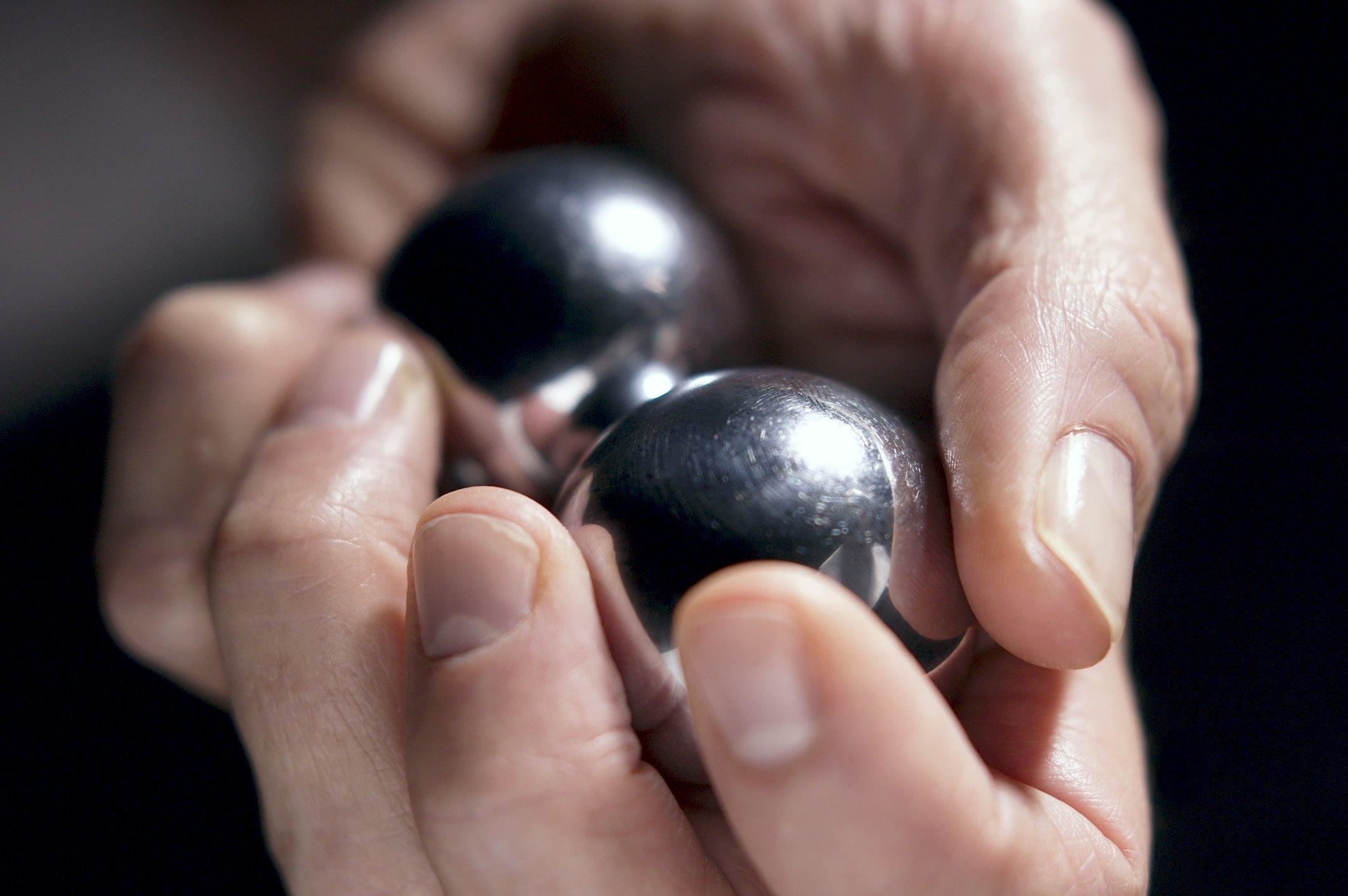 Ball Lock Vs Pin Lock >> Sealed Bearings Vs. Non Sealed Bearings | eHow
