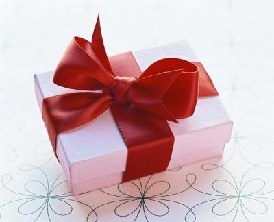 Send gifts to your previous clients
