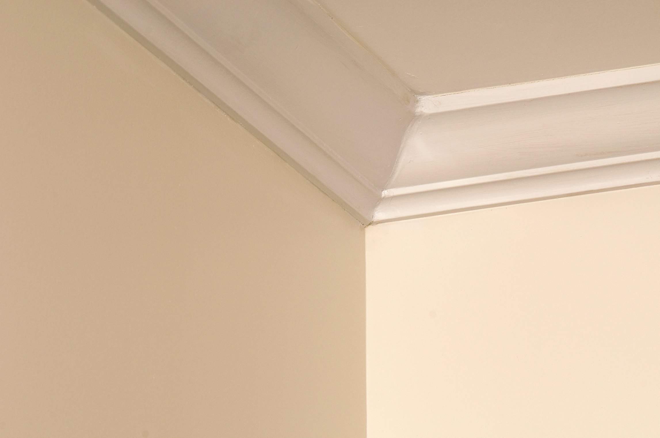 How To Cap The Open End On Crown Molding Ehow