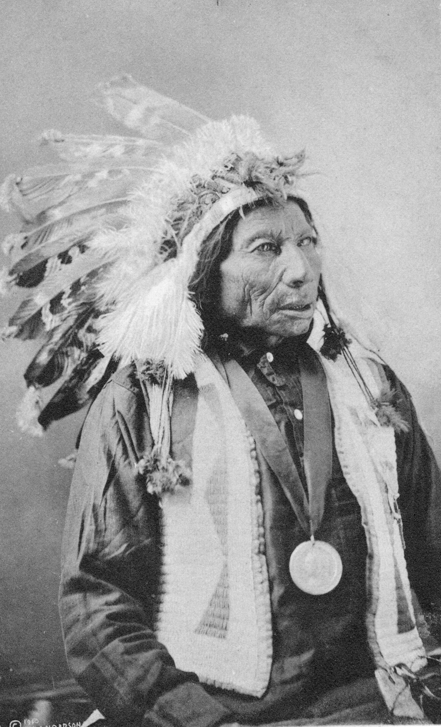 How To Make An Authentic Sioux Indian Headdress Ehow