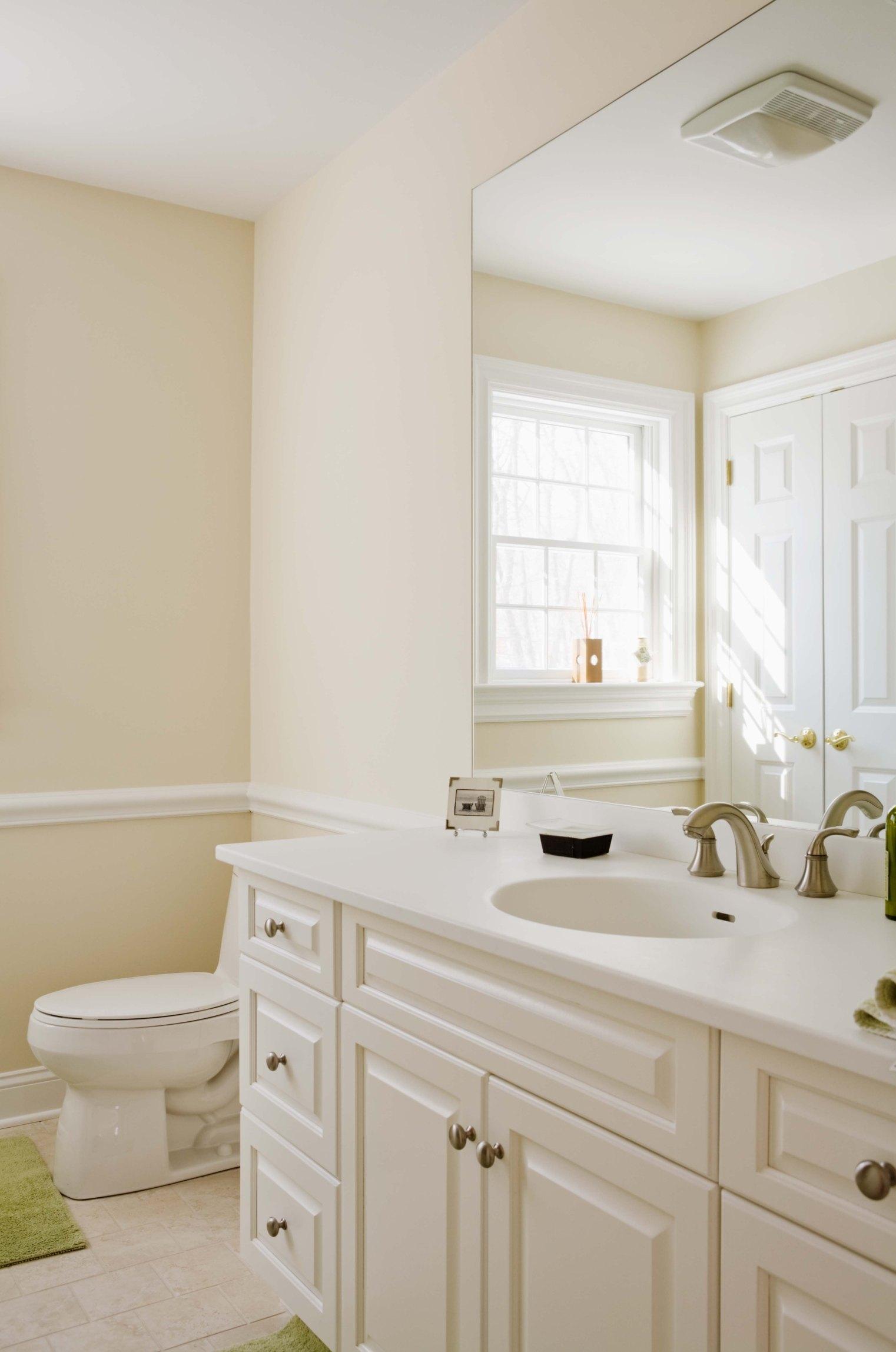 What Sheen Of Paint To Use In Bathroom Ehow