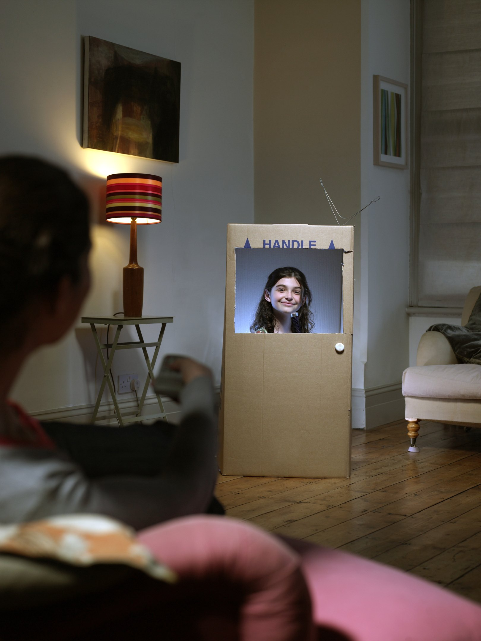 How To Make A Small Tv Out Of Cardboard
