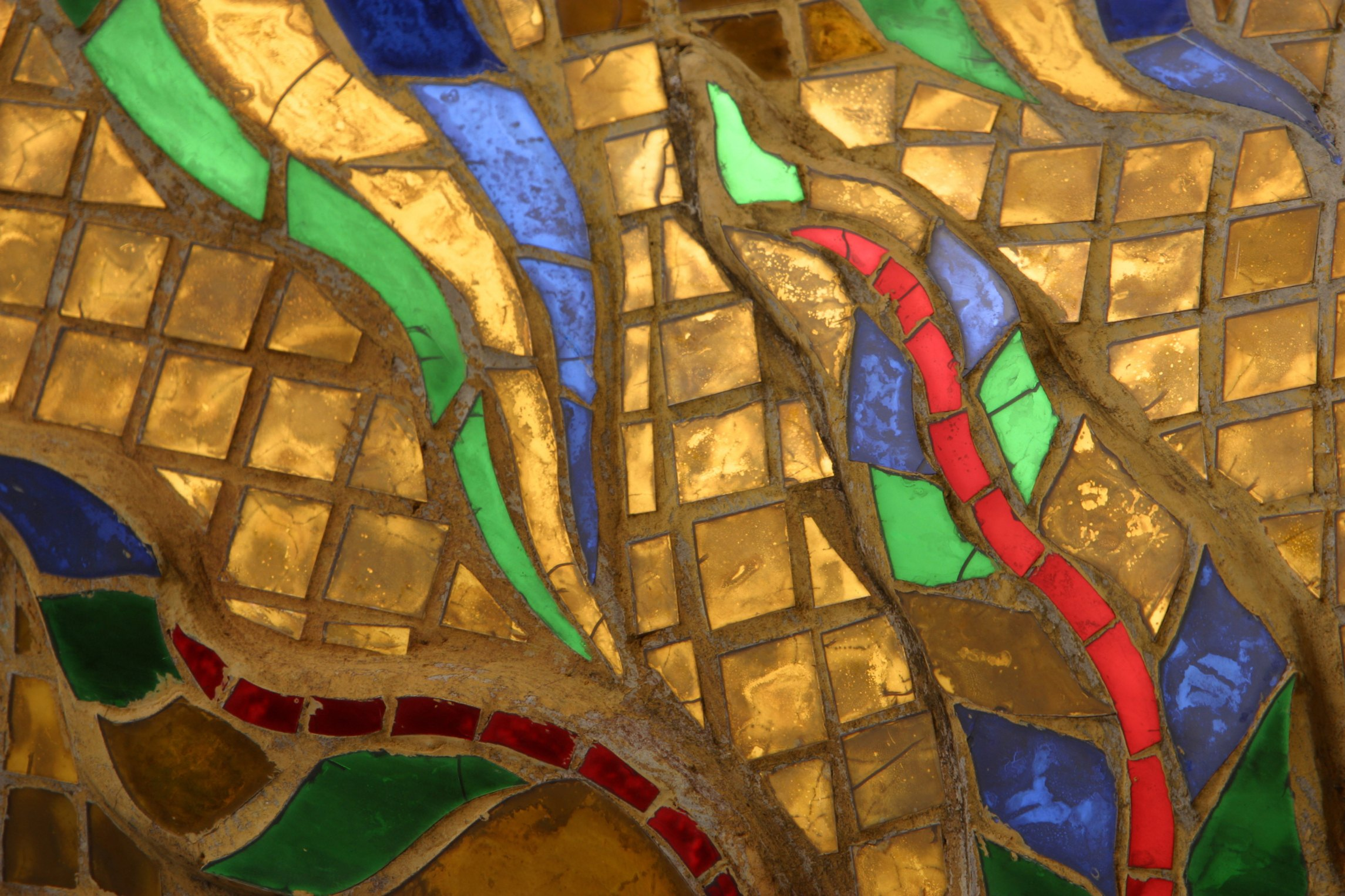 Can You Make A Mosaic Table Top On A Glass Table Ehow