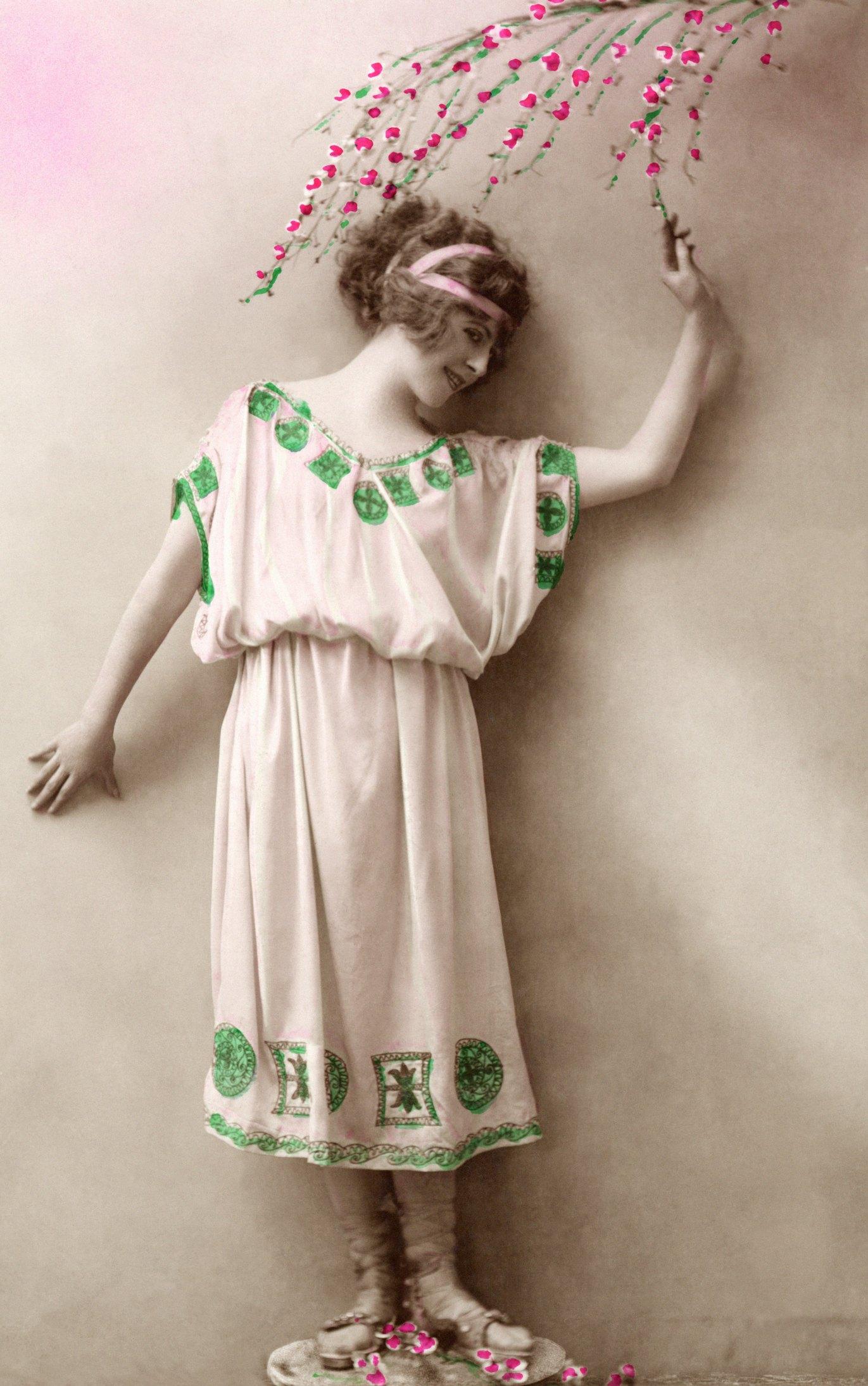 How To Make A Greek Goddess Artemis Costume Ehow