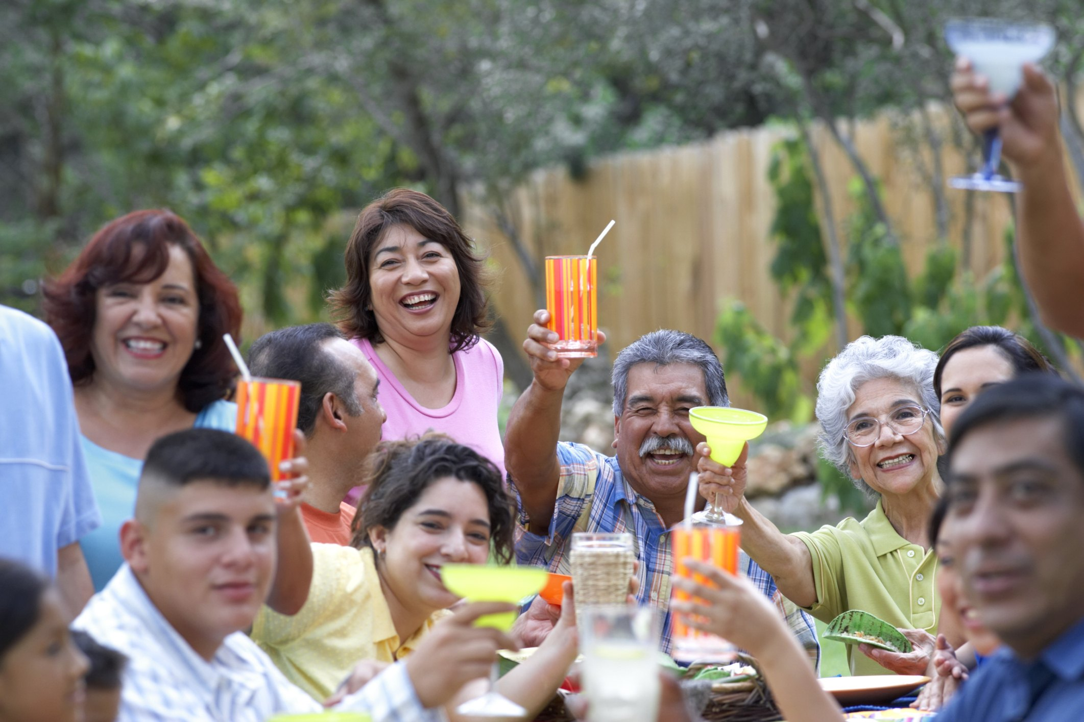 Questions To Ask At A Family Reunion To Stump People Ehow