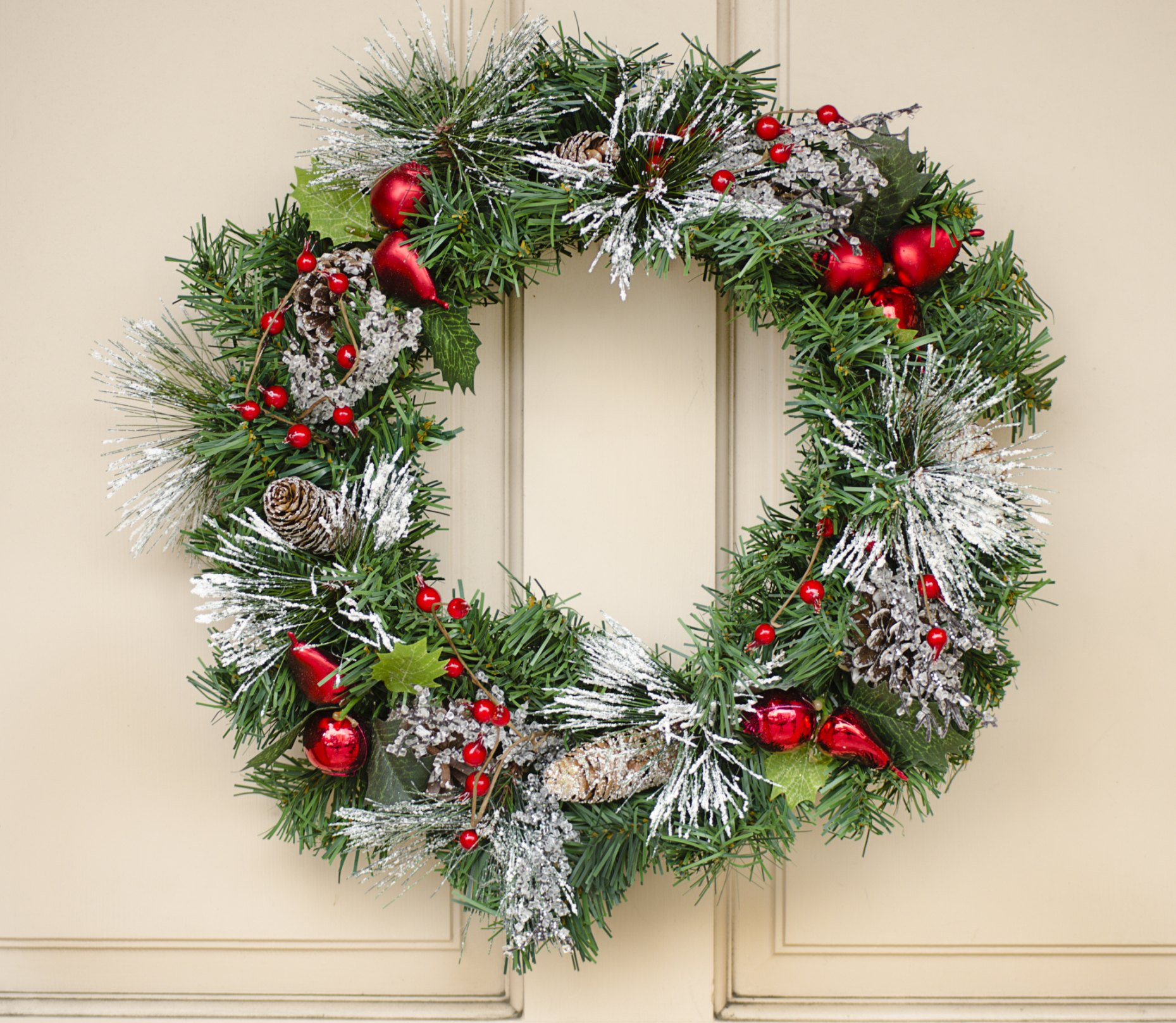 Old-Fashioned Christmas Decorating Ideas (with Pictures